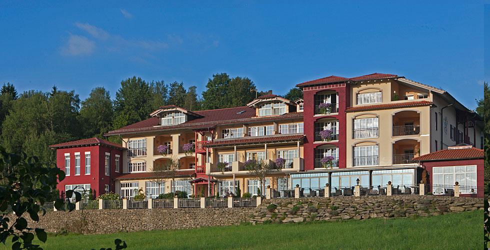 4-Sterne Wellness im Burghotel Sterr in Kollnburg Bayerischer Wald