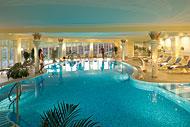 Hallenbad im 4-Sterne Hotel Mooshof Bodenmais